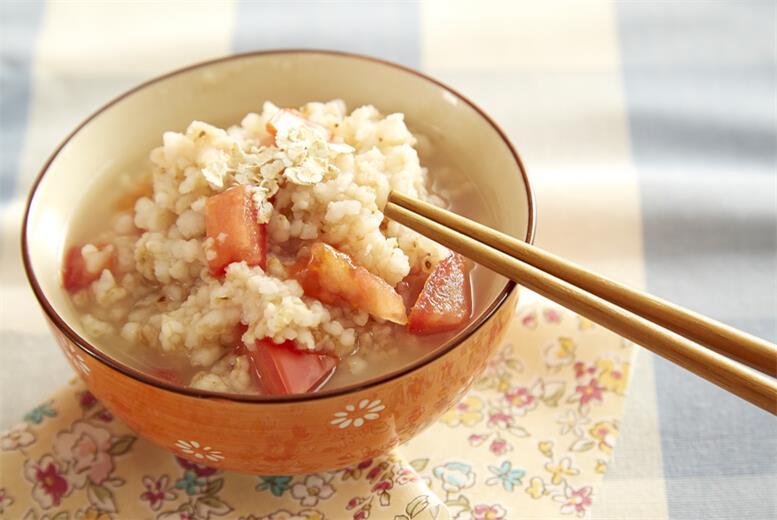 养生番茄糙米饭