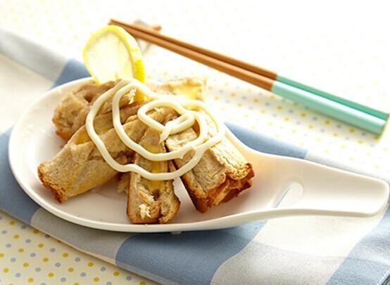 焗烤香蕉起司卷